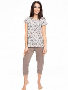 Женская трикотажная пижама с бриджами и футболкой