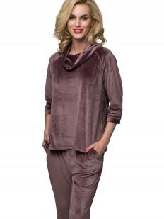 Теплый велюровый женский костюм с брюками