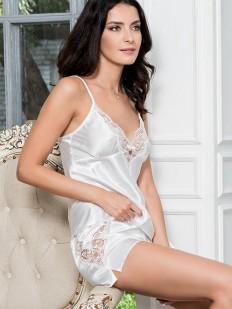 Женская белая атласная пижама с шортами и кружевом летняя
