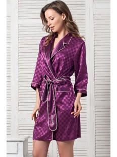 Женский атласный фиолетовый халат в клетку