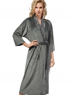Длинный домашний женский халат с леопардовым воротом