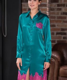 Женская изумрудная шелковая ночная рубашка с кружевной отделкой