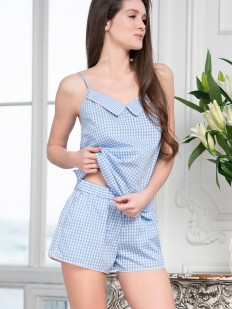 Женская хлопковая пижама из топа с шортами в клетку