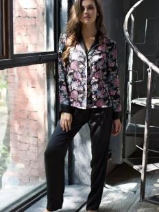 Женская атласная пижама с брюками и цветочной рубашкой