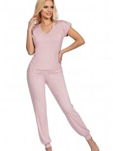 Пудрово-розовая трикотажная пижама из вискозы с брюками и футболкой