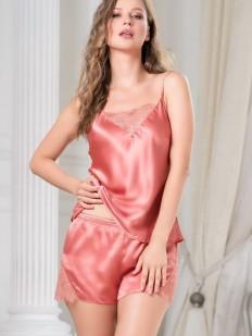 Шелковая коралловая женская пижама с шортами и топом на лето