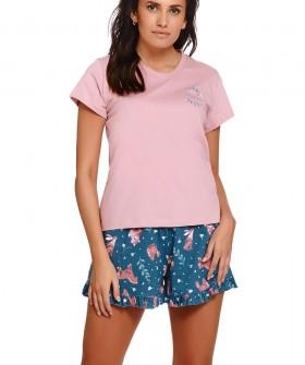 Летняя женская пижама с принтованными шортами и розовой футболкой из хлопка