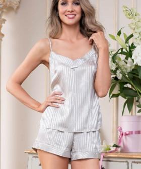 Женская летняя пижама из атласной ткани в полоску: топ и шортики