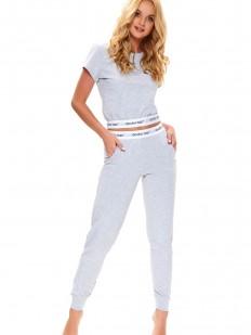 Серая женская пижама с коротким топом и брюками