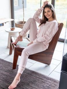 Брючная женская пижама из вискозы в рубчик светло-розовая
