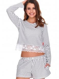 Женская летняя пижама с шортами в серую полоску с кружевом