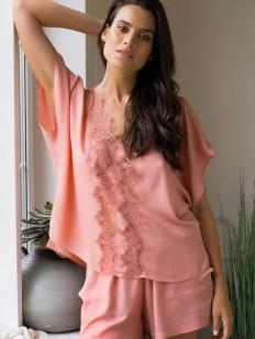 Красивая розовая женская пижама с шортами из вискозы