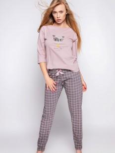Розовая женская пижама с брюками цвета мокко в клетку и лонгсливом с принтом