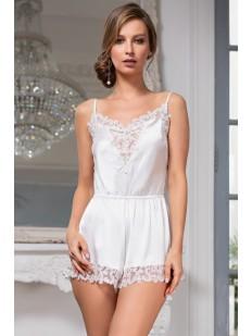 Белый женский пижамный комбинезон из шелка с кружевной отделкой