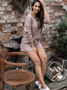 Женский пижамный комплект с шортами из вискозы в рубчик серо-розовый