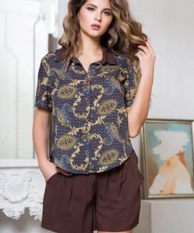 Женская летняя трикотажная пижама из вискозы с коричневыми шортами и принтованной рубашкой