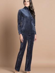 Домашний женский велюровый сиреневый костюм с брюками и курточкой на молнии