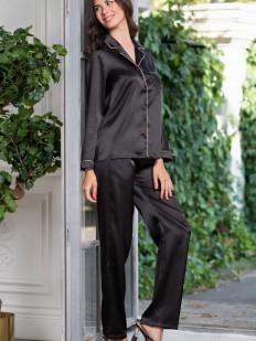 Черный пижамный женский комплект с брюками и рубашкой на пуговицах