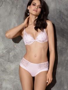 Нежные розовые женские трусики слипы с цветочной вышивкой