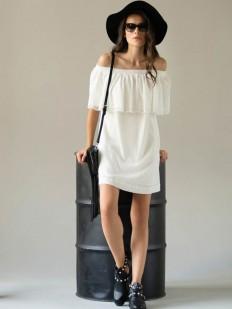 Короткое летнее белое платье из хлопка с открытыми плечами