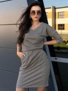 Стильное короткое серое платье с карманами и металлическим декором