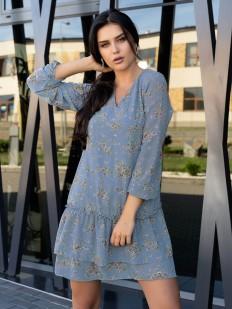 Голубое летнее платье с цветочным рисунком и длинным рукавом