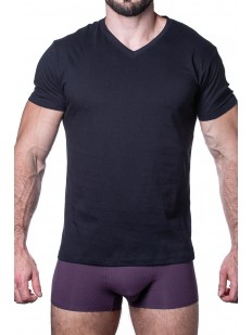 Черная мужская футболка из хлопка с лайкрой - треугольный вырез