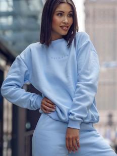 Голубой женский свитшот в стиле оверсайз