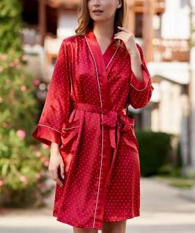 Красный атласный женский халат в горошек