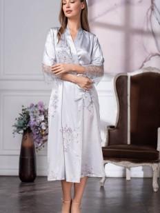 Длинный женский серебристый халат из шелка с кружевом