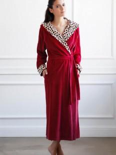 Теплый длинный женский бордовый халат из хлопка с леопрадовым декором