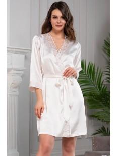 Белый атласный летний женский халат с кружевным декором