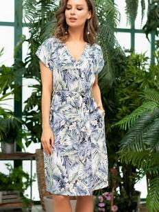 Летний женский халат из вискозы с тропическим рисунком