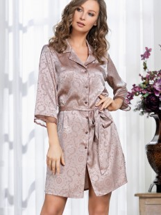 Короткий атласный женский халат на пуговицах с жаккардовым принтом