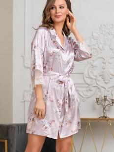 Летний женский халат на пуговицах из принтованного шелкового полотна