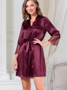Короткий женский халат на пуговицах в цвете бордо