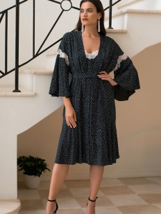 Роскошный черный женский халат из принтованной вискозы