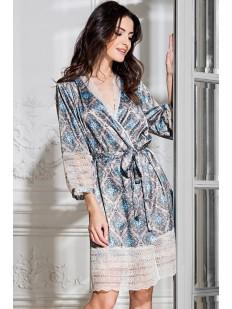 Женский атласный халат с кружевной отделкой