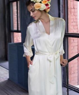Шелковый женский летний халат цвета шампань