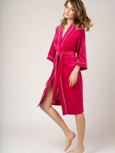 Розовый велюровый женский халат из хлопка цвета фуксия