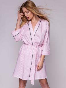 Короткий домашний женский халат из хлопка розовый