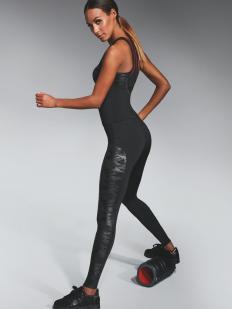 Черные спортивные леггинсы для фитнеса с камуфляжным принтом