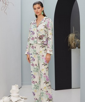 Домашние женские штаны с нежным цветочным принтом