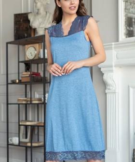 Женская трикотажная сорочка из вискозы длинная с кружевными вставками