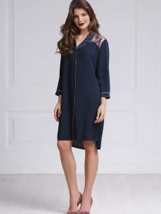 Свободная женская ночная рубашка из вискозы в темно-синем цвете