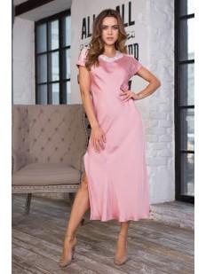 Атласная женская ночная сорочка с боковым разрезом розовая