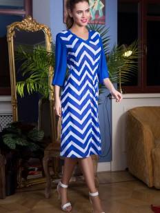 Приталенное синее пляжное платье с длинным рукавом
