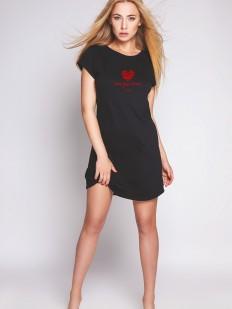 Короткая черная ночная сорочка из хлопка с красным сердечком