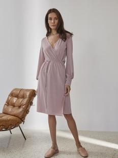 Домашнее женское платье розового цвета с блестящим люрексом