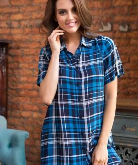 Клетчатая трикотажная сорочка рубашка из вискозы с короткими рукавами